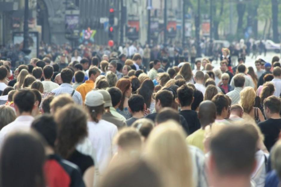 Все больше и больше людей прибывает в Польшу с востока