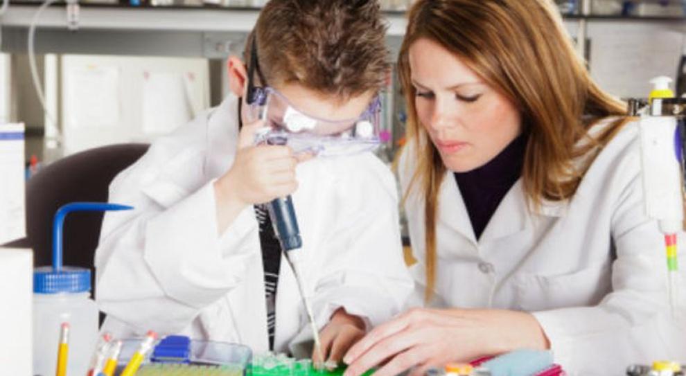 Firma Bayer organizuje warsztaty naukowe dla dzieci