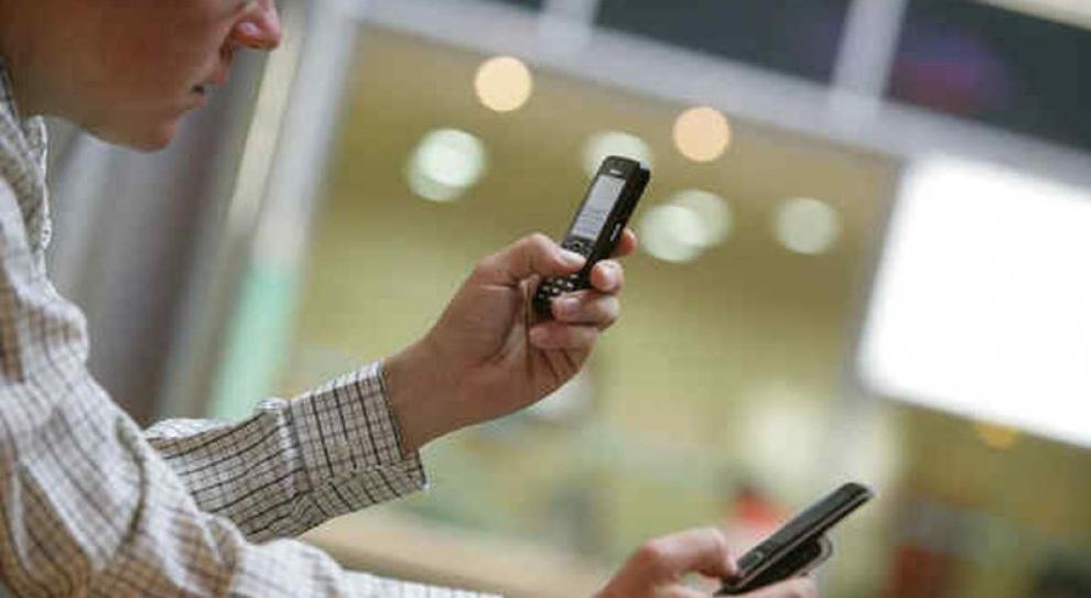 Kiedy prywatny telefon może więcej niż służbowy