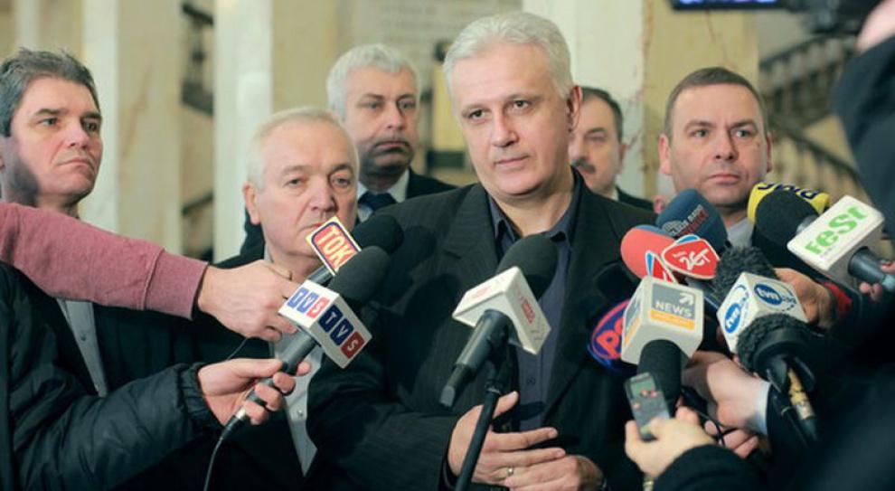 Negocjacje w Katowicach się przeciągają - rząd swoje, związki swoje