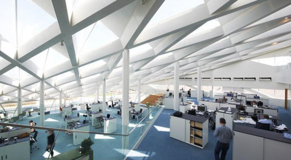 Aranżacja biur w open space dobra dla pracowników?