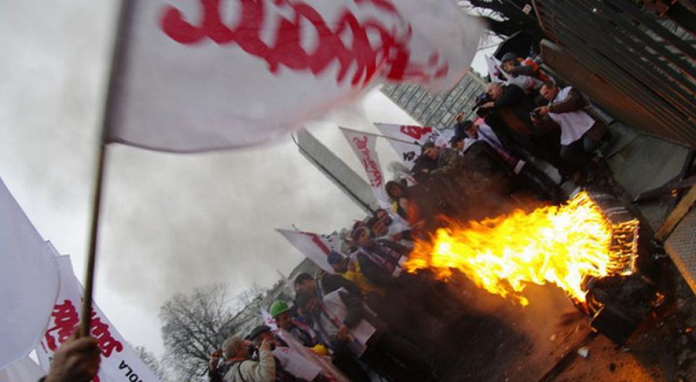 """Do dzisiaj NSZZ """"Solidarność"""" czeka na odpowiedź Tuska na swoje postulaty"""