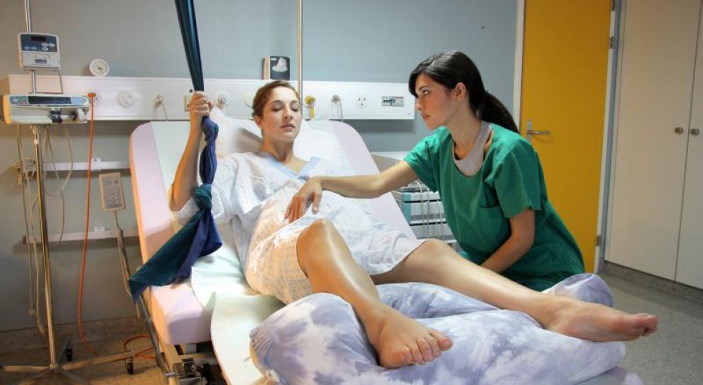 Wiceminister zdrowia: brakuje anestezjologów do znieczulania przy porodzie