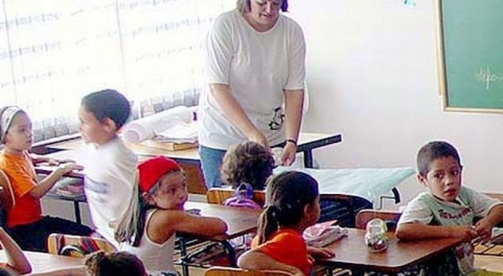MEN: na zmianach w dodatku wiejskim stracą nauczyciele dyplomowani
