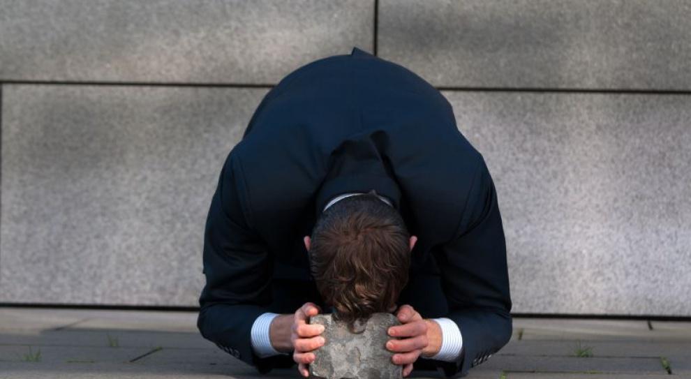 Coraz więcej Polaków boi się utraty pracy