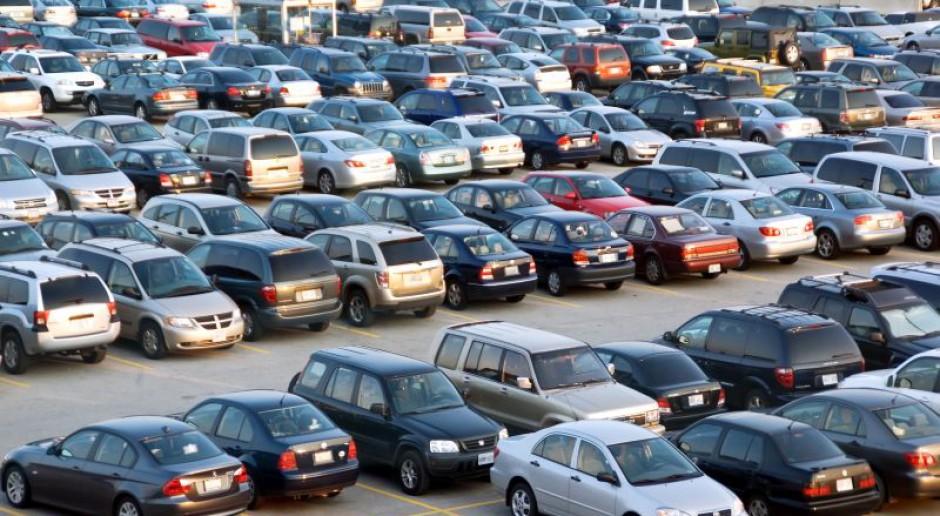 Raport: Branża motoryzacyjna będzie zwiększać zatrudnienie