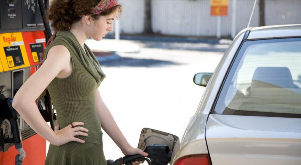 Piechociński: podatek od użytkowania samochodów służbowych - od 20 do 40 zł