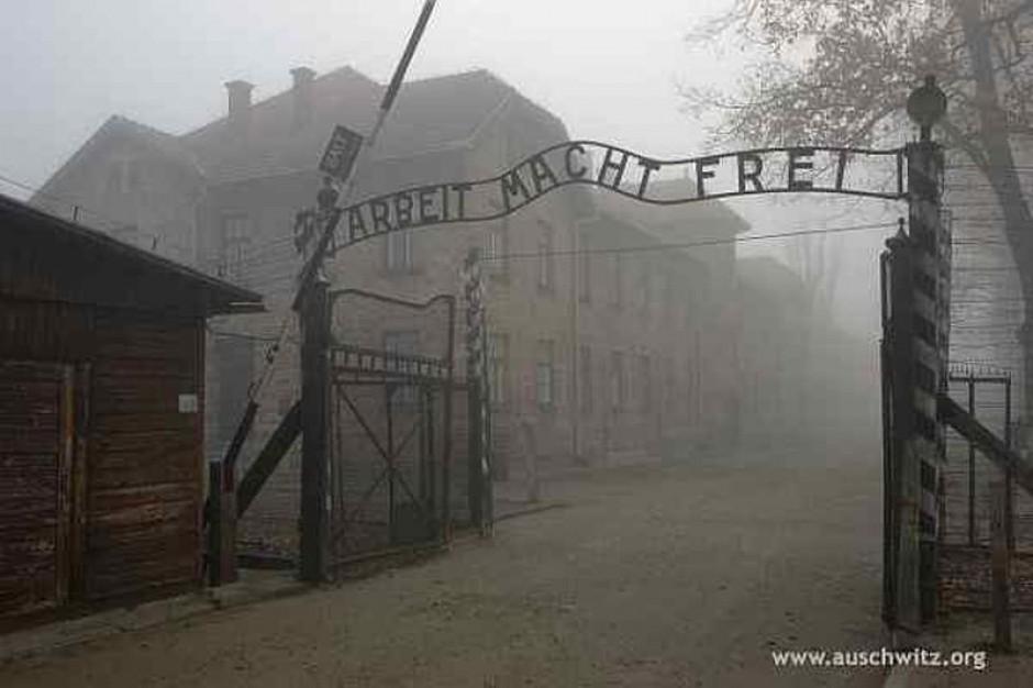 Groźne zamrożenie płac w Muzeum Auschwitz