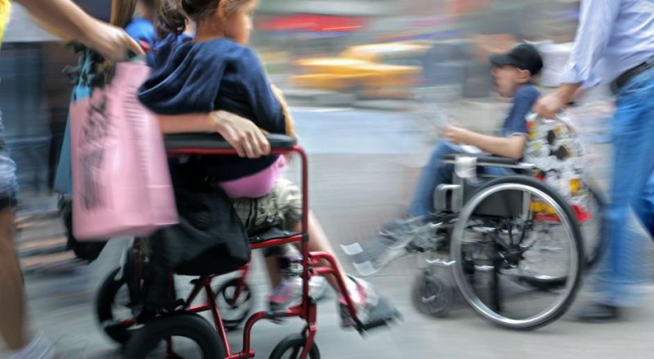 Rodzice dzieci niepełnosprawnych domagają się uzawodowienia pracy jako opiekunów