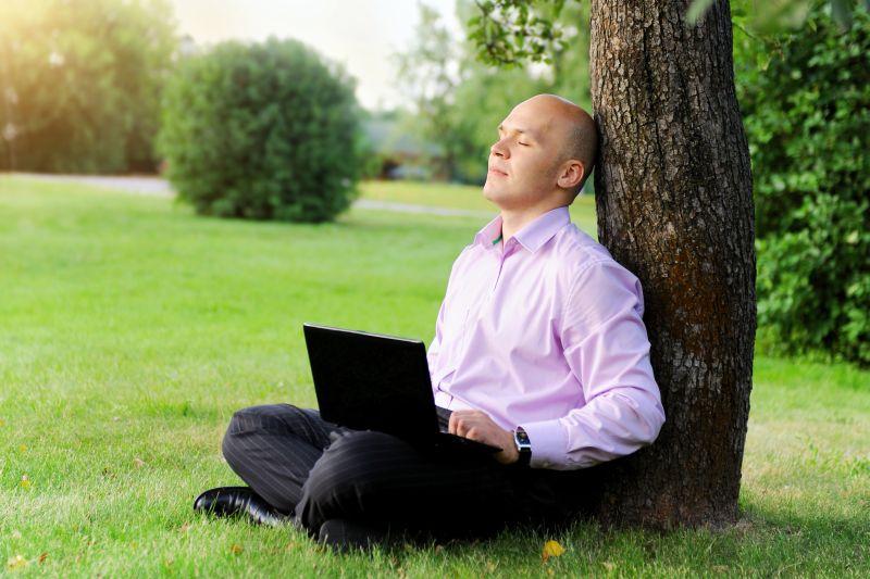 Czy opłaca się okazywać emocje w pracy? Czy menedżer powinien je okazywać, czy raczej będzie to uznane za brak profesjonalizmu? (fot. archiwum)