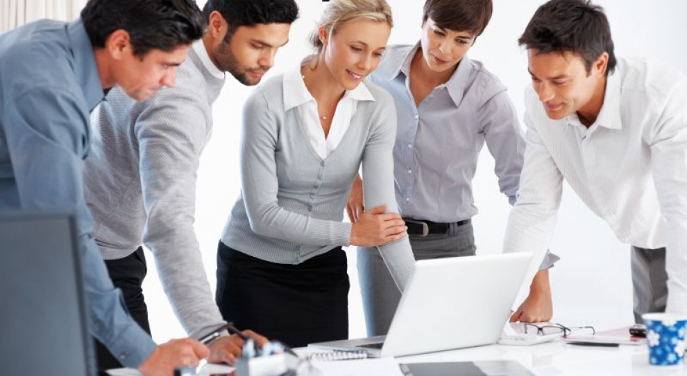 Firmy zatrudnieniem stoją. 94 proc. pracodawców nie planuje zwolnień