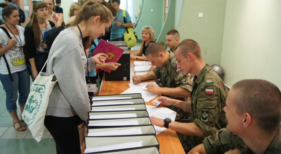 Łódź: o 60 miejsc na wydziale wojskowo-lekarskim ubiega się 728 kandydatów
