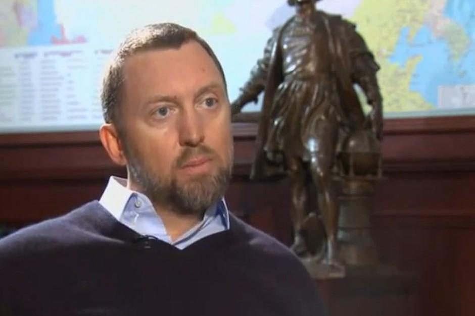 Rosyjski miliarder oddaje swoją premię pracownikom