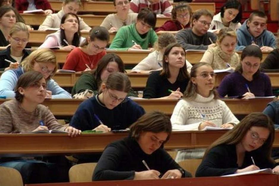 Szturm na uczelnie