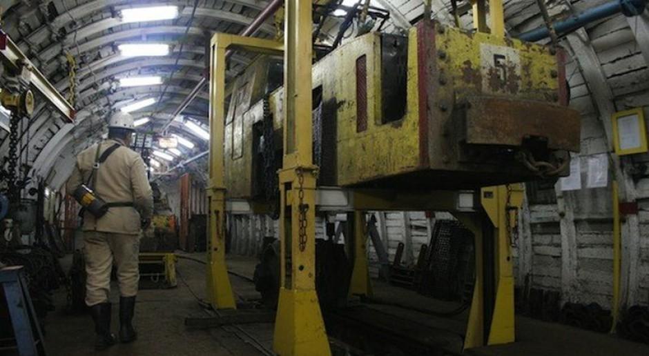 Związki przeciw planom restrukturyzacji kopalń - grożą sporem zbiorowym
