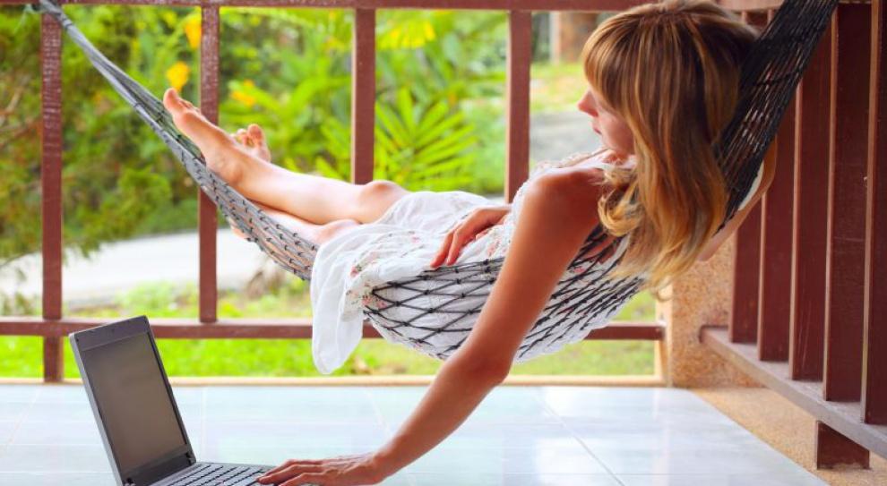 Przed urlopem: jak zapewnić sobie odpoczynek bez telefonów z pracy