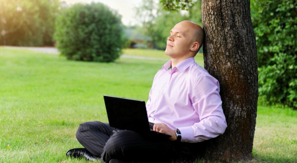 Internetowe zarobki młodych w trakcie wakacji