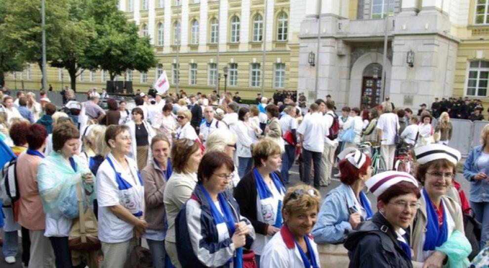 Wrześniowy protest związkowców - jakie żądania pracowników ochrony zdrowia?