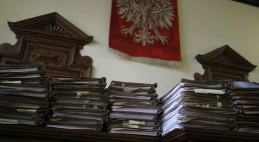 B. prezesi spółek węglowych odpowiedzą za korupcję