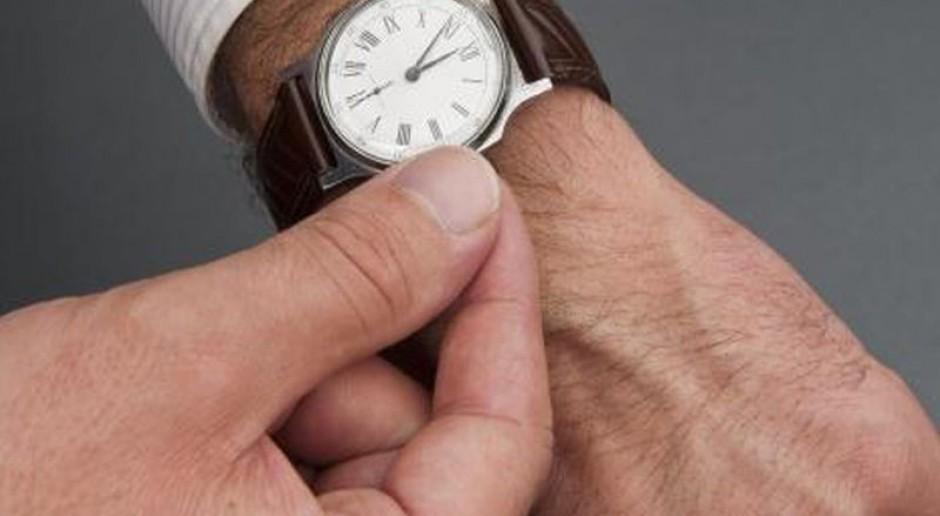 Stawka godzinowa szkodliwa dla rynku pracy