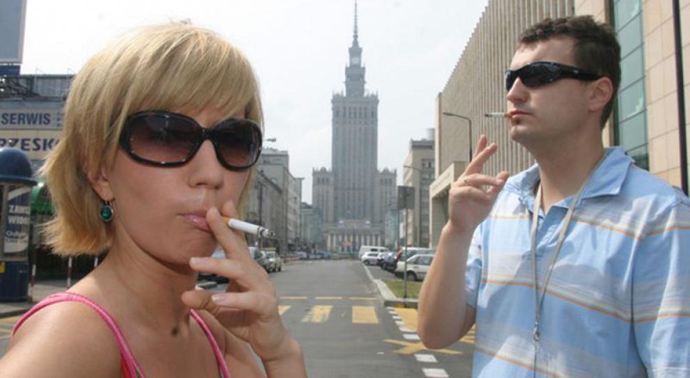 Tysiące miejsc pracy kartą przetargową w tytoniowej rozgrywce... Czy UE się ugnie?