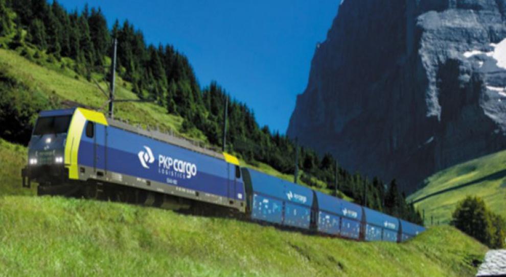 Związki chcą od premiera kontroli prywatyzacji PKP Cargo