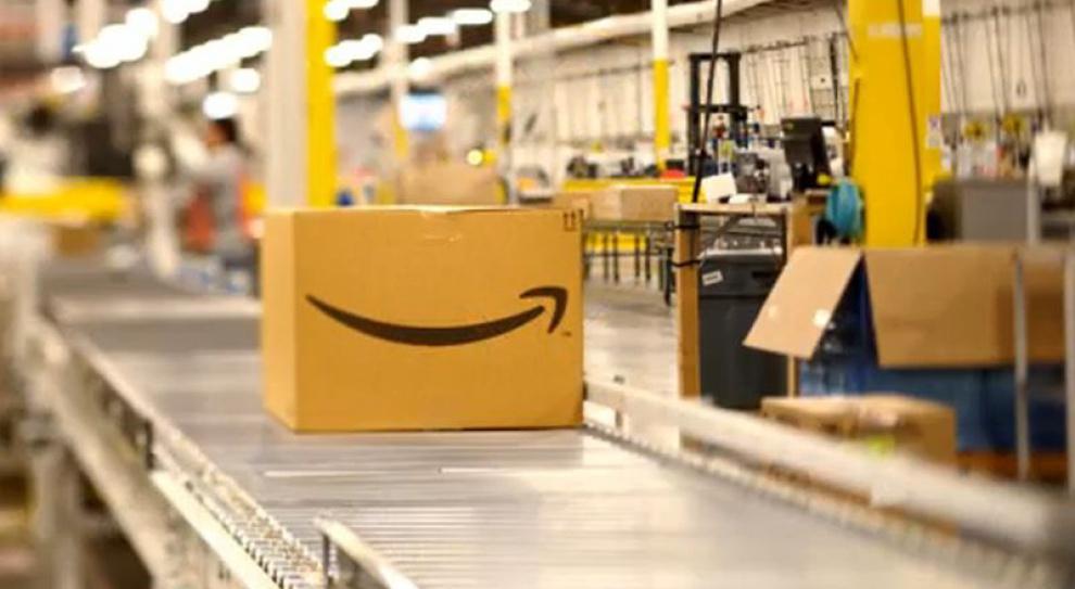 Amazon zatrudnia jak szalony. Firma prześcignęła nawet Microsoft