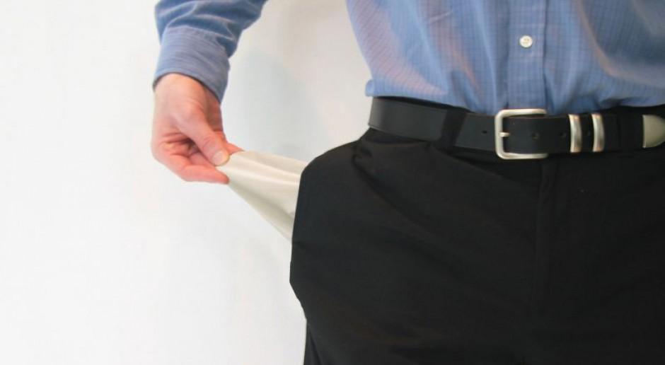 Pracownicy dostają coraz mniej z podziału dochodów