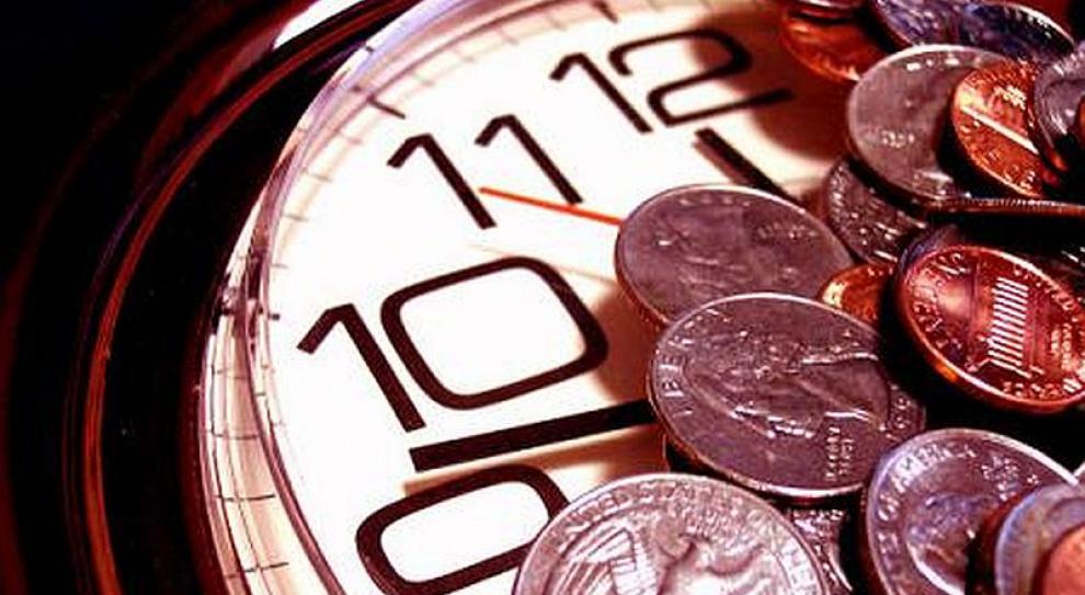 """Trzeba wprowadzić minimalną """"godzinówkę"""""""