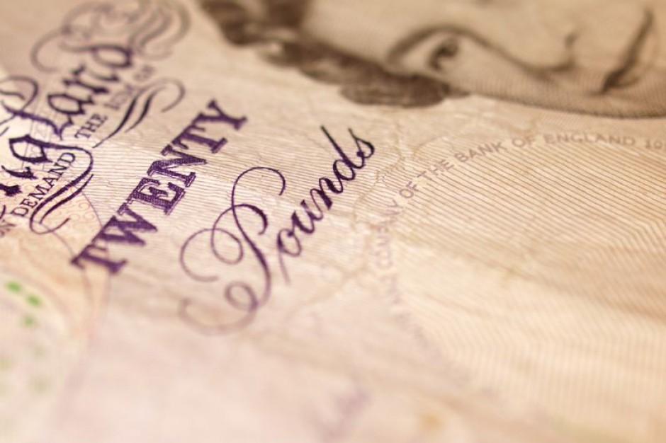 Pensje dyrektorów rosną jak na drożdżach