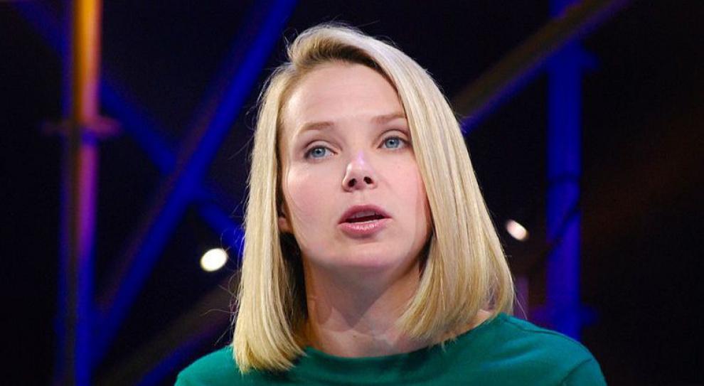 Szefowa Yahoo zabiera swoich menedżerów w dalekie podróże