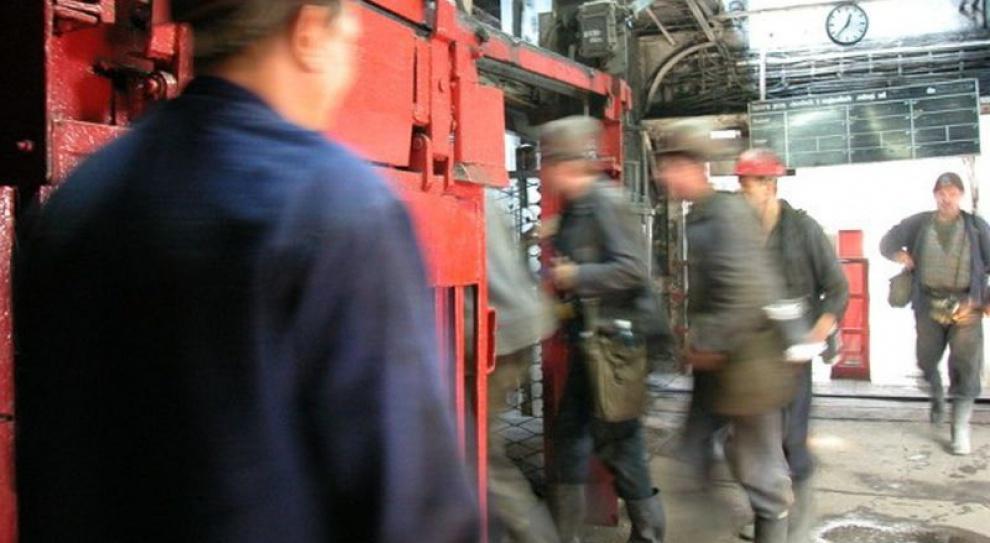 Gęstnieje atmosfera w Kompanii Węglowej. Pracownicy stracą przywileje?