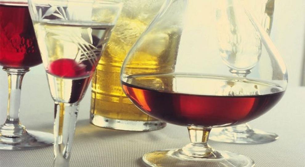 Drink po pracy dla relaksu? Większość Polaków to robi