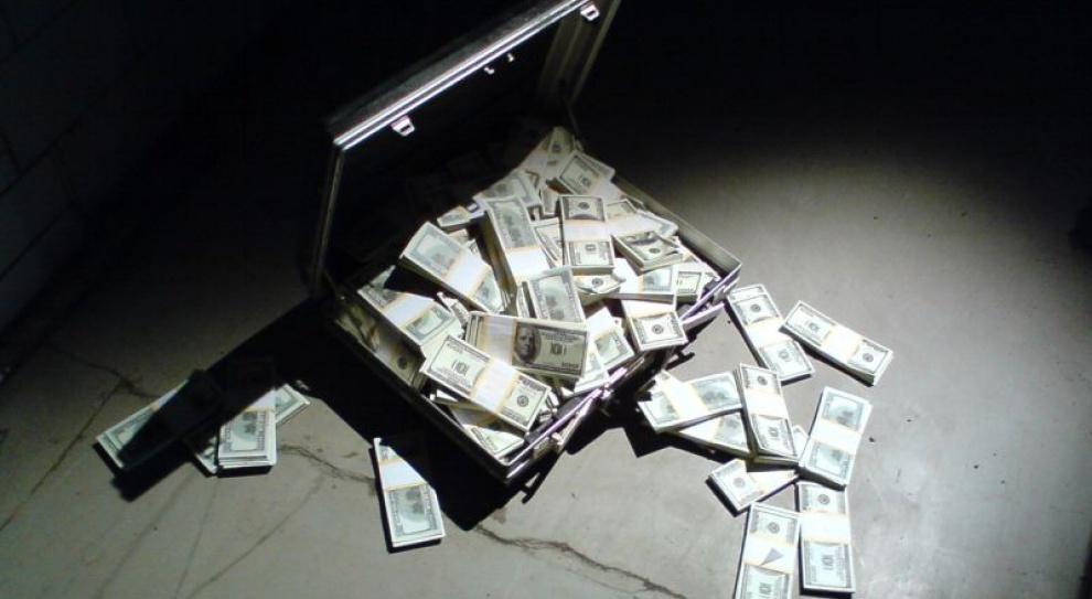 Światowi giganci korumpują urzędników