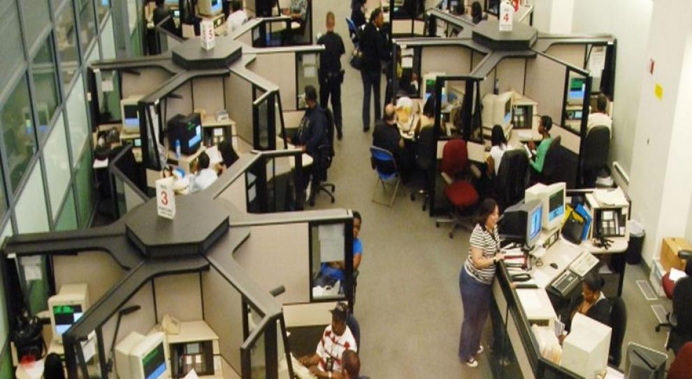 Boks vs. open space, czyli co daje większą efektywność i satysfakcję z pracy?