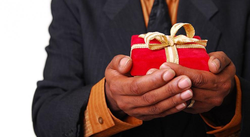 Pracodawcy szykują hojne prezenty dla pracowników