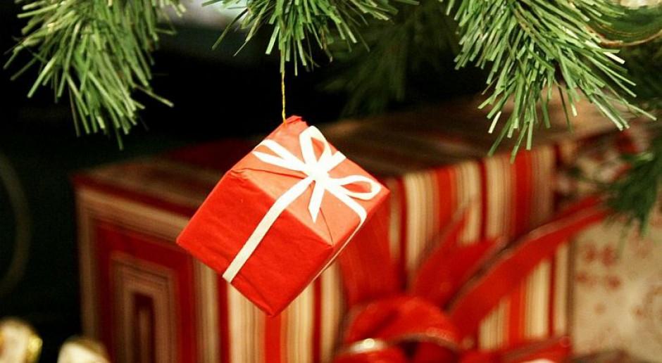 Na świątecznych prezentach nie oszczędzamy