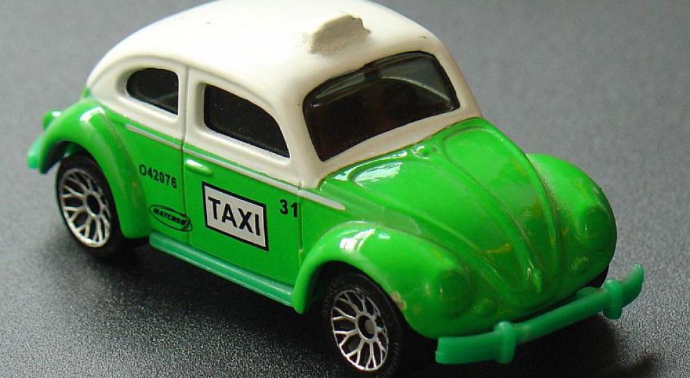 Uwolniono zawód taksówkarza