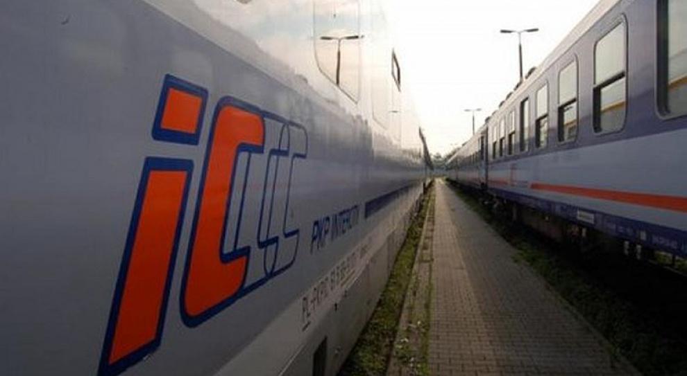 Szykują się zwolnienia w PKP Intercity