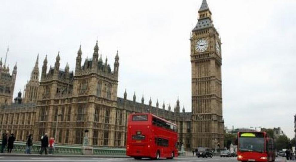 KE ostrzega W. Brytanię przed dyskryminacją imigrantów