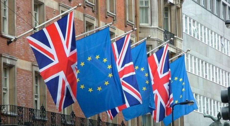 Kolejne ograniczenia w zasiłkach dla nowych imigrantów z UE