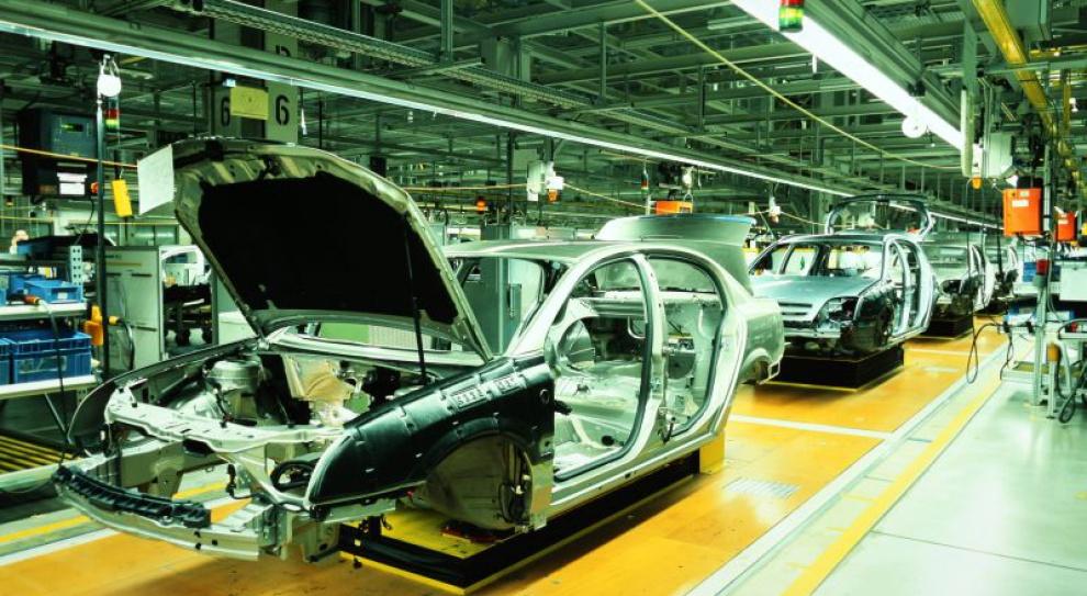 Firmy motoryzacyjne zatrudniają nowych pracowników