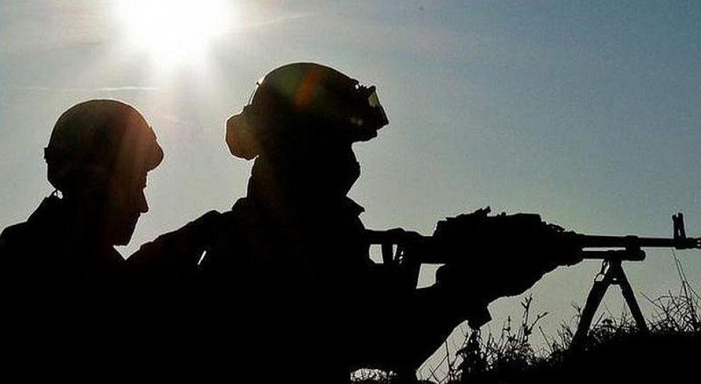 Co z nadgodzinami pracowników wojska na misjach?