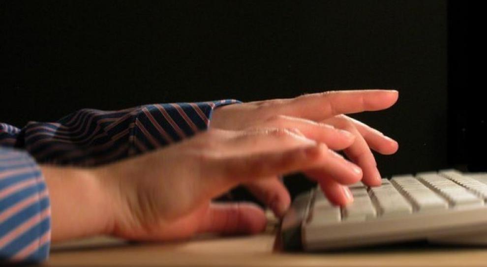 Portale społecznościowe mogą zniszczyć reputację firm
