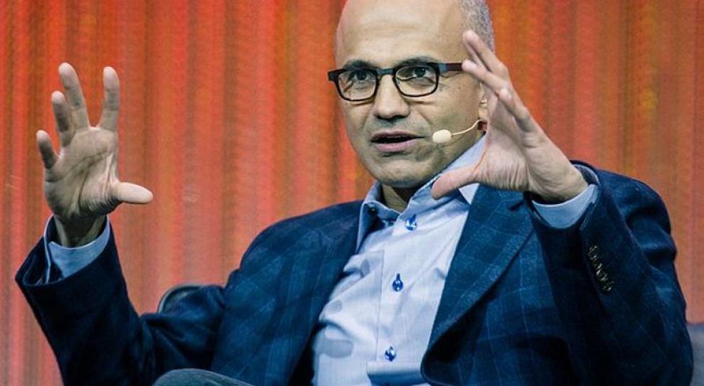 Nowy szef Microsoftu zwolnił dwóch członków zarządu