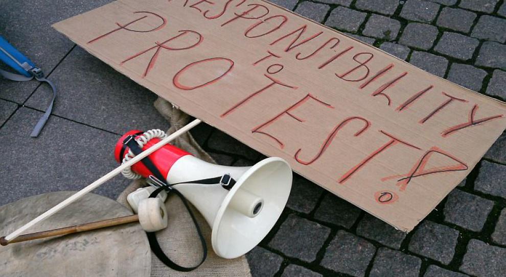Greckie urzędy, szkoły, szpitale sparaliżowane. Pracownicy strajkują przeciw zwolnieniom