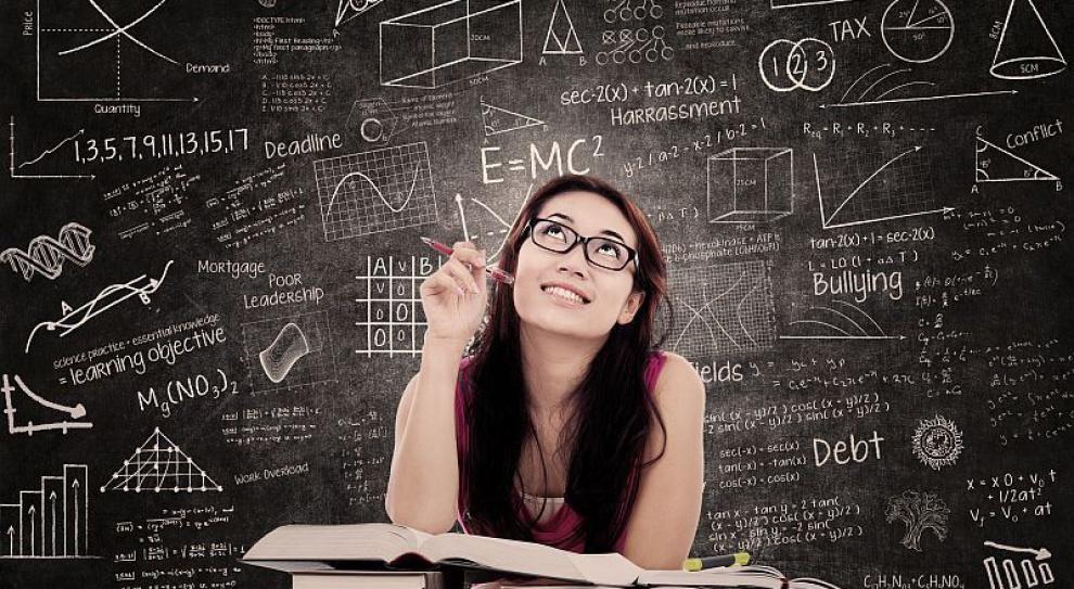 Komu dyplom magistra pomaga w karierze?