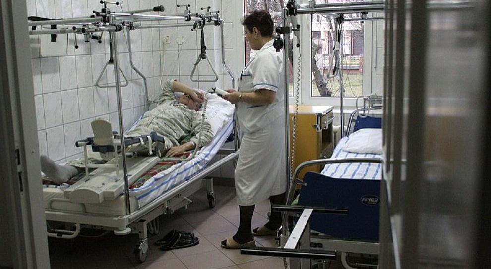 Szpitale będą zatrudniać minimum pielęgniarek?