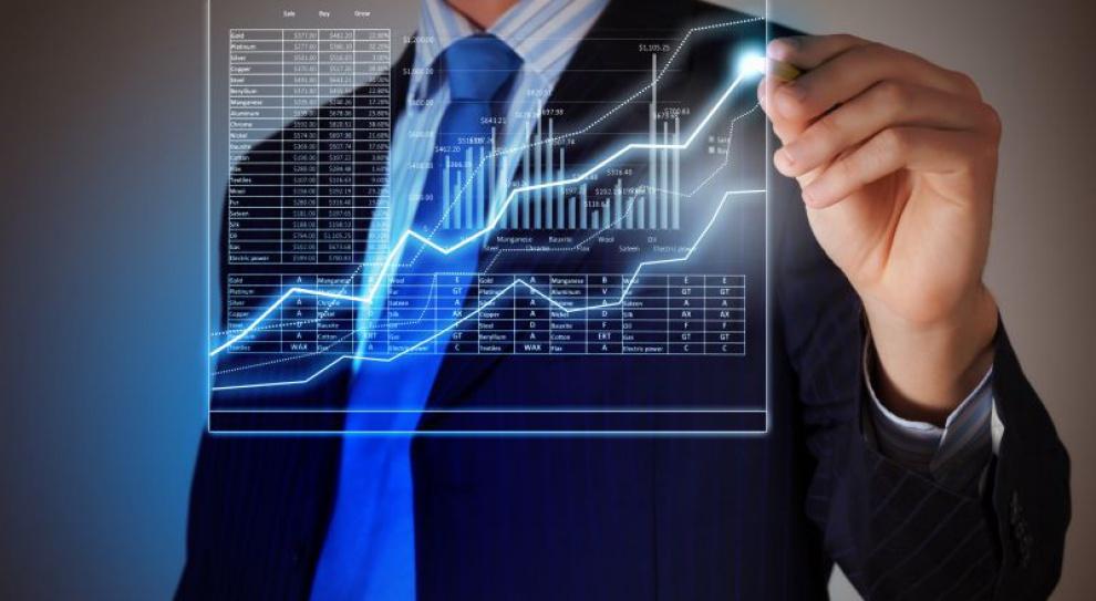 Raport Oracle i Accenture: wzrosło zapotrzebowanie na analityków finansowych