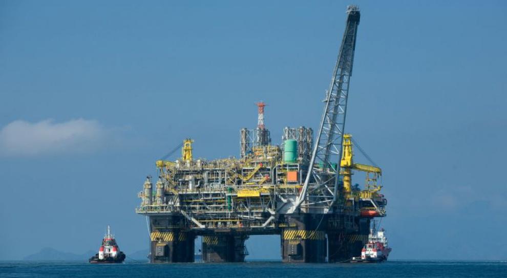 Firmy gazowe i naftowe zapowiadają zatrudnianie